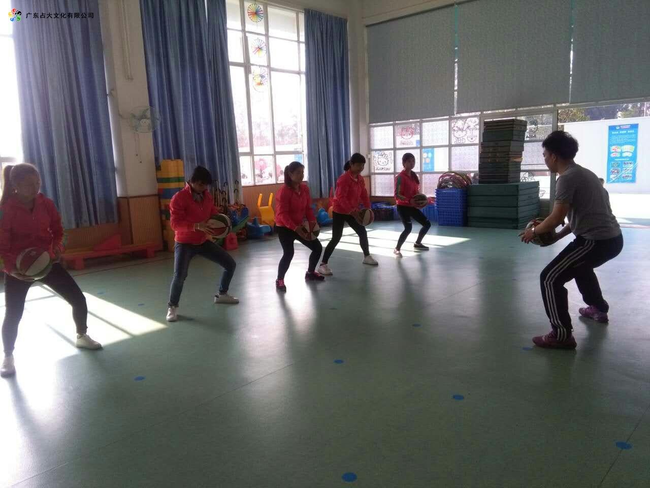 广州占大幼儿篮球培训图片2